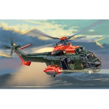 Plastikmodell Helikopter AS.532 Cougar